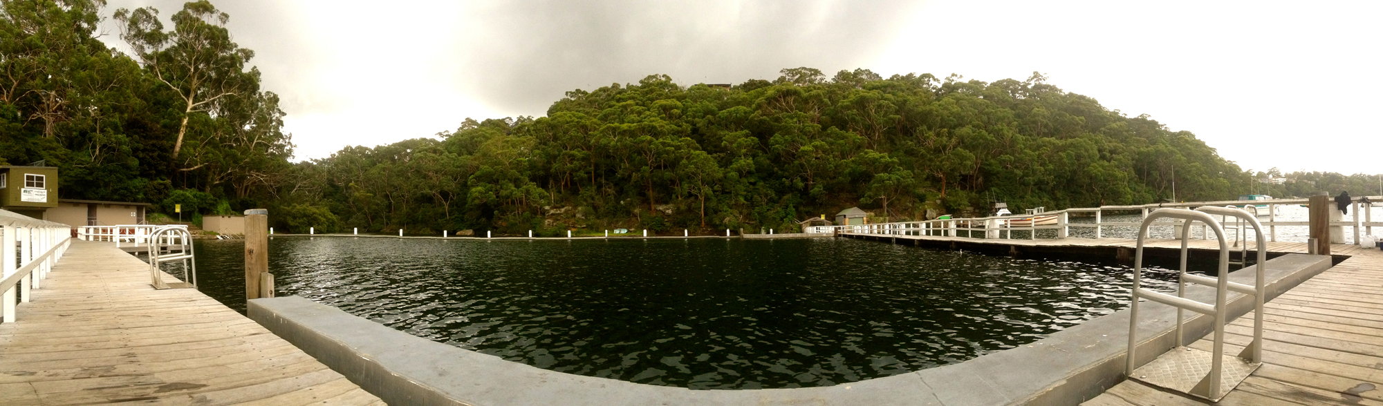 Gymea Bay baths panorama - 1000pools